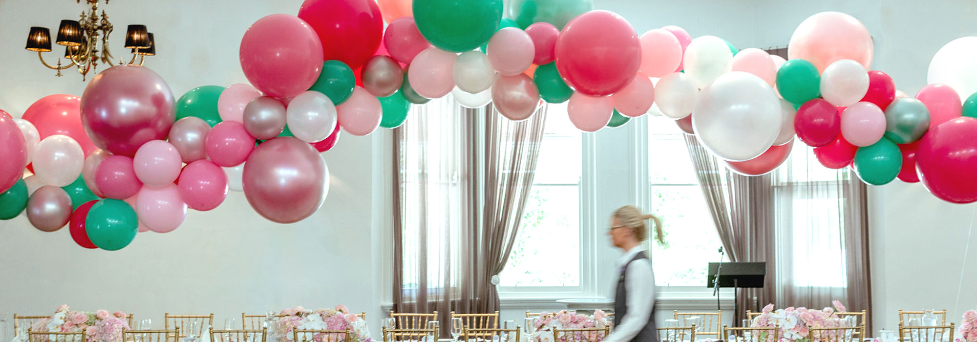 pink outdoor balloon garland