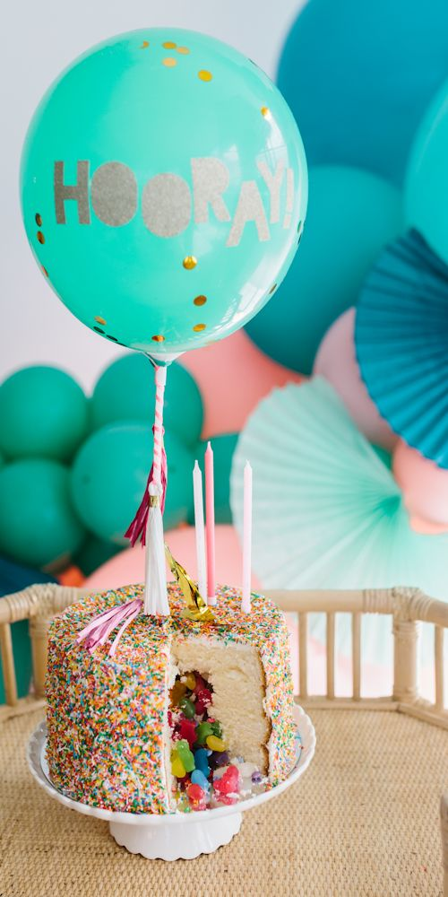 balloon decor cake L