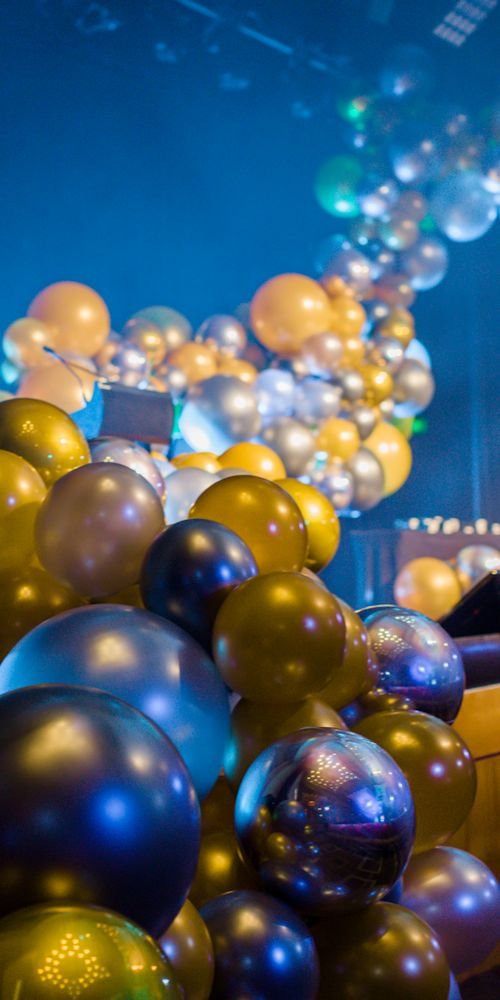 balloon garland stage decoration L